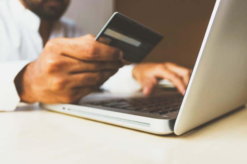 クレジットカードの作り方!学生・無職・未成年は作れるのか?