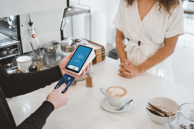 クレジットカードの手数料負担は店舗or消費者?仕組みを解説